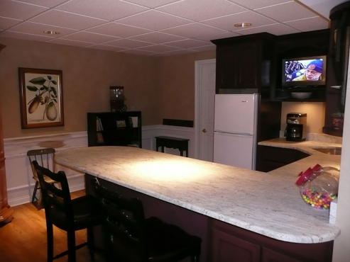 Basement full service kitchen installation with granite countertops,upscale fixtures, electrical and plumbing in Chagrin Falls, OH