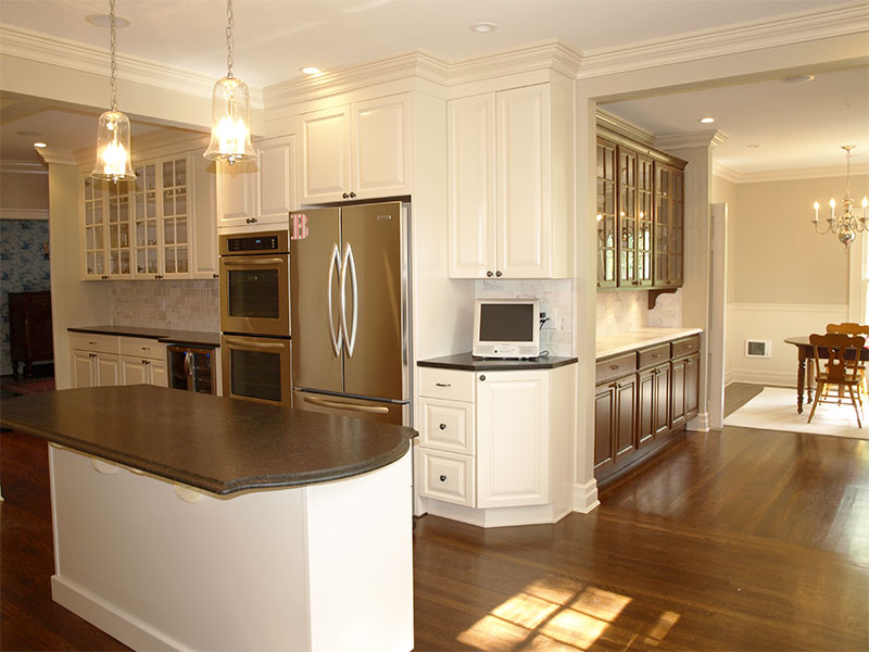 A beautifully remodeled Shaker Heights kitchen by The Beard Group.